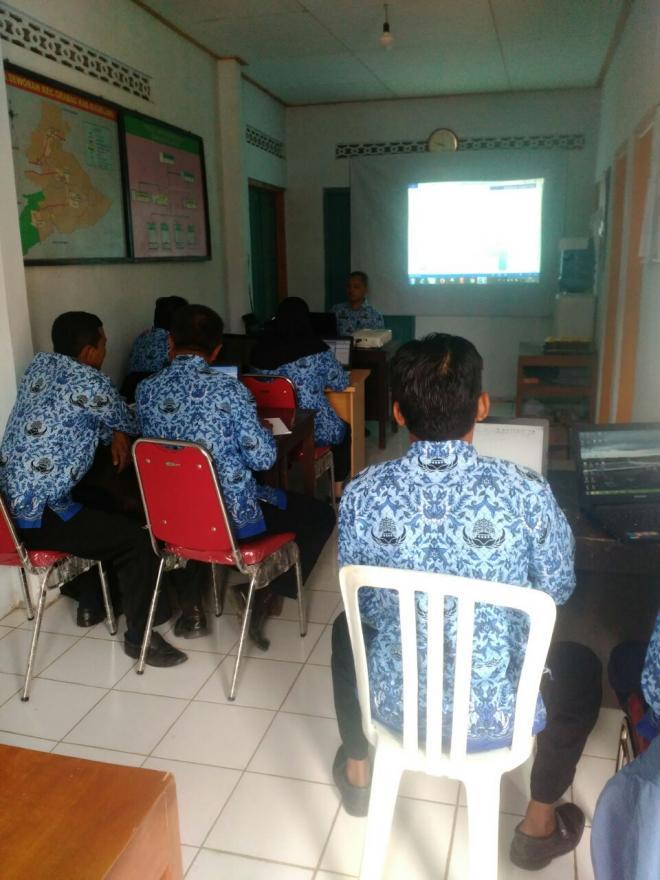 Image : Peningkatan Kapasitas dan Pelatihan Komputer Bagi Perangkat Desa 2017